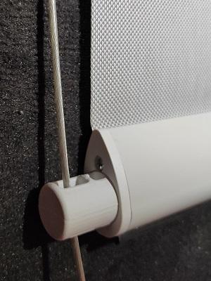 ECO-STORES - store extérieur enrouleur refleksole sur mesure - guidage cable
