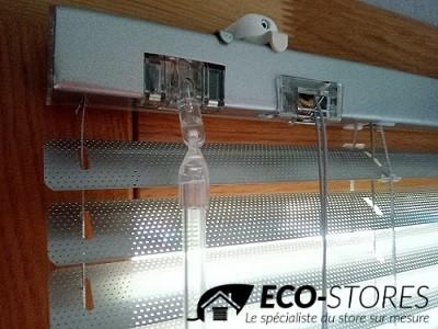 bulles daide/detail commande mécanisme stores vénitien alu 25 mm store microperforé gris sur mesure eco-stores-fr